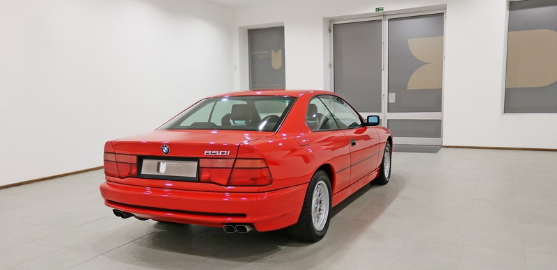 1992 BMW 850i 6 Speed Manual Gearbox.