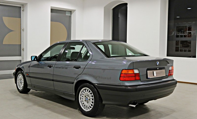 1995 BMW 318IS 1400KMS